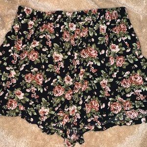 floral shorts f21